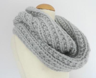 echarpe tube tricot modele