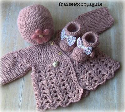 modele bonnet naissance crochet