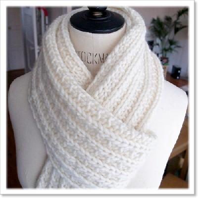 modele d echarpe au tricot