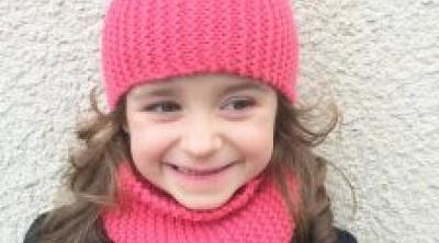 modele de bonnet a tricoter pour fille