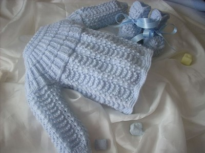 tricoter brassiere en laine pour bebe