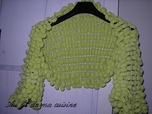 tricoter de la laine pompon