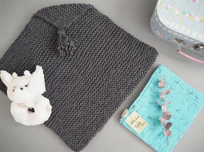 tricoter un poncho pour bebe